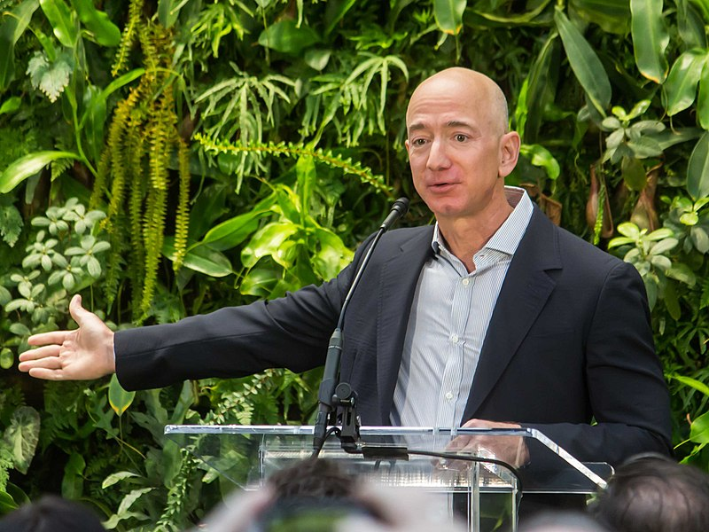 Amazon must finally pay taxes: 400 politicians from all world unite against Amazon